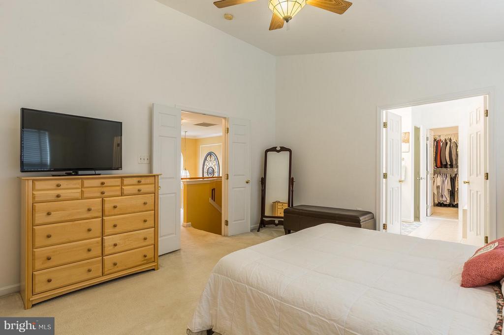 Bedroom (Master) - 4081 CARDINAL CREST DR, WOODBRIDGE