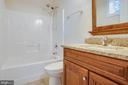 Basement Bath - 614 HARRISON CIR, LOCUST GROVE