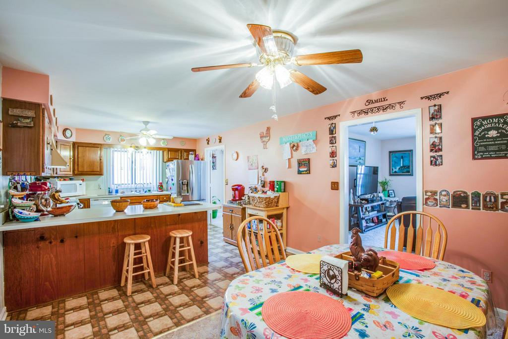Eat in Kitchen - 103 BURGESS MILL CT, LOCUST GROVE