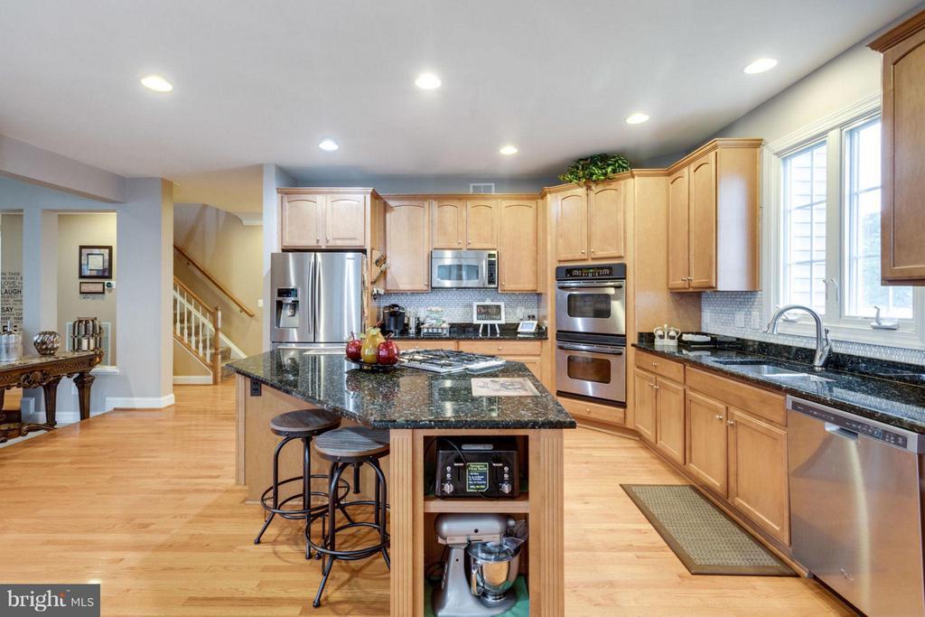 Gourment Kitchen - 12253 TIDESWELL MILL CT, WOODBRIDGE