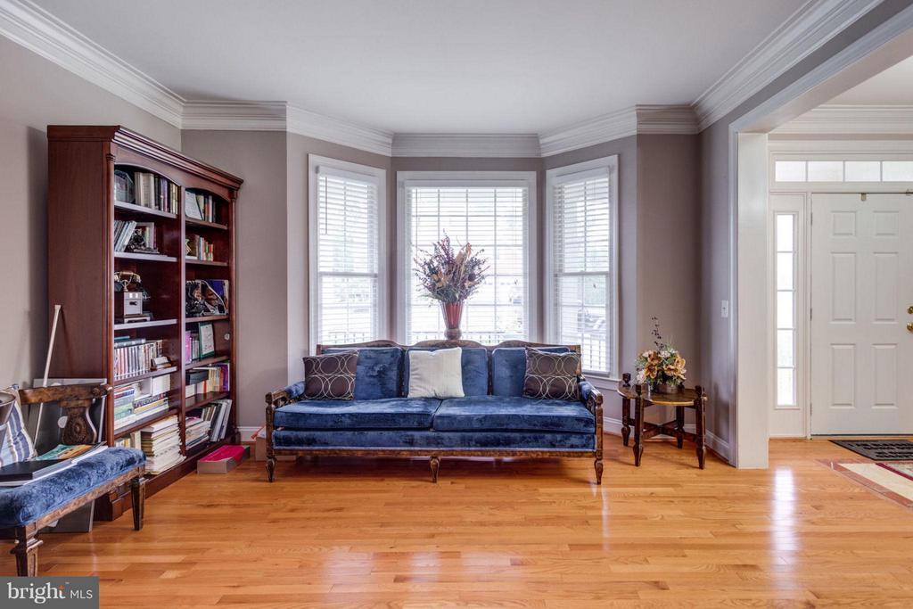 Living Room - 12253 TIDESWELL MILL CT, WOODBRIDGE