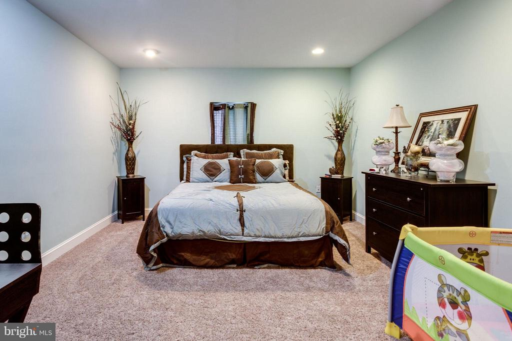 Basement Bedroom - 12253 TIDESWELL MILL CT, WOODBRIDGE