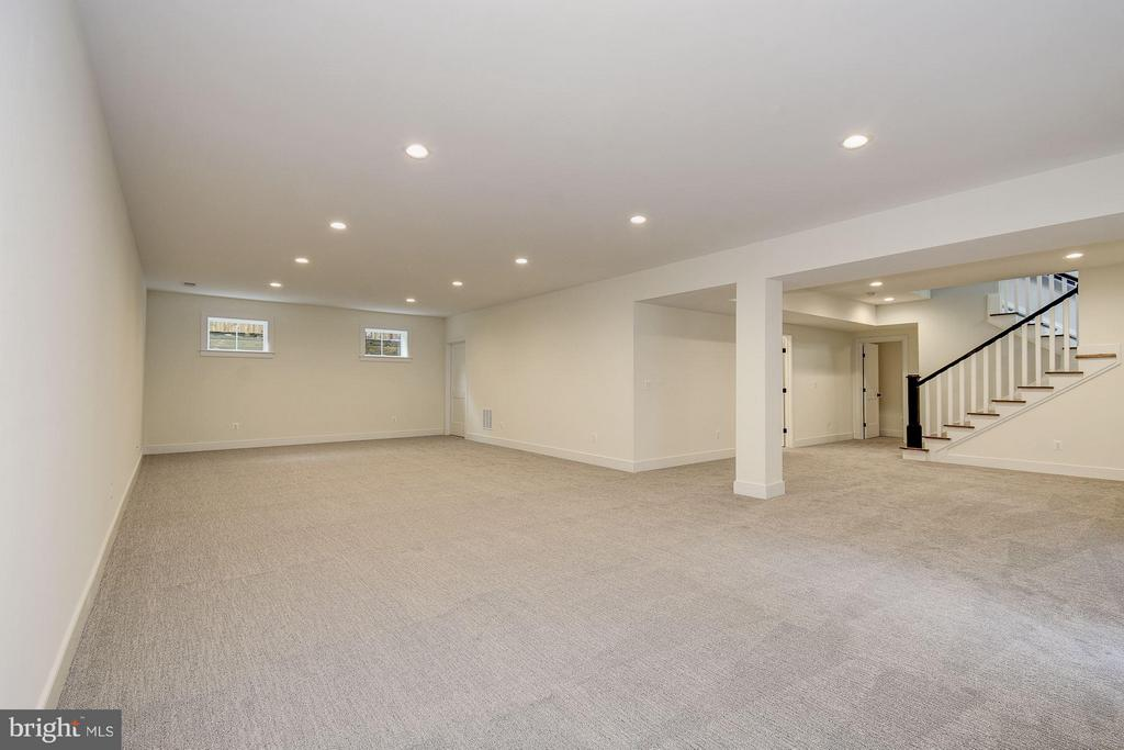 Rec Room - 6400 28TH ST N, ARLINGTON