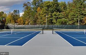 Tenis courts - 200 LIBERTY BLVD, LOCUST GROVE