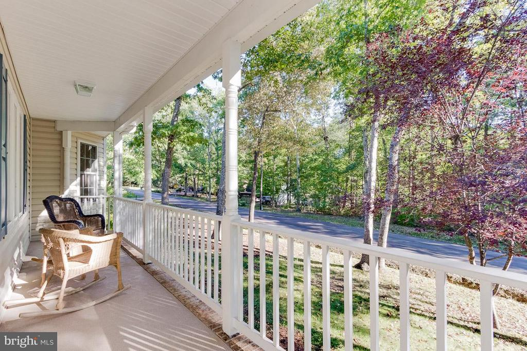 Granite look Covered Front Porch-Come Sit a Spell - 309 BIRDIE RD, LOCUST GROVE
