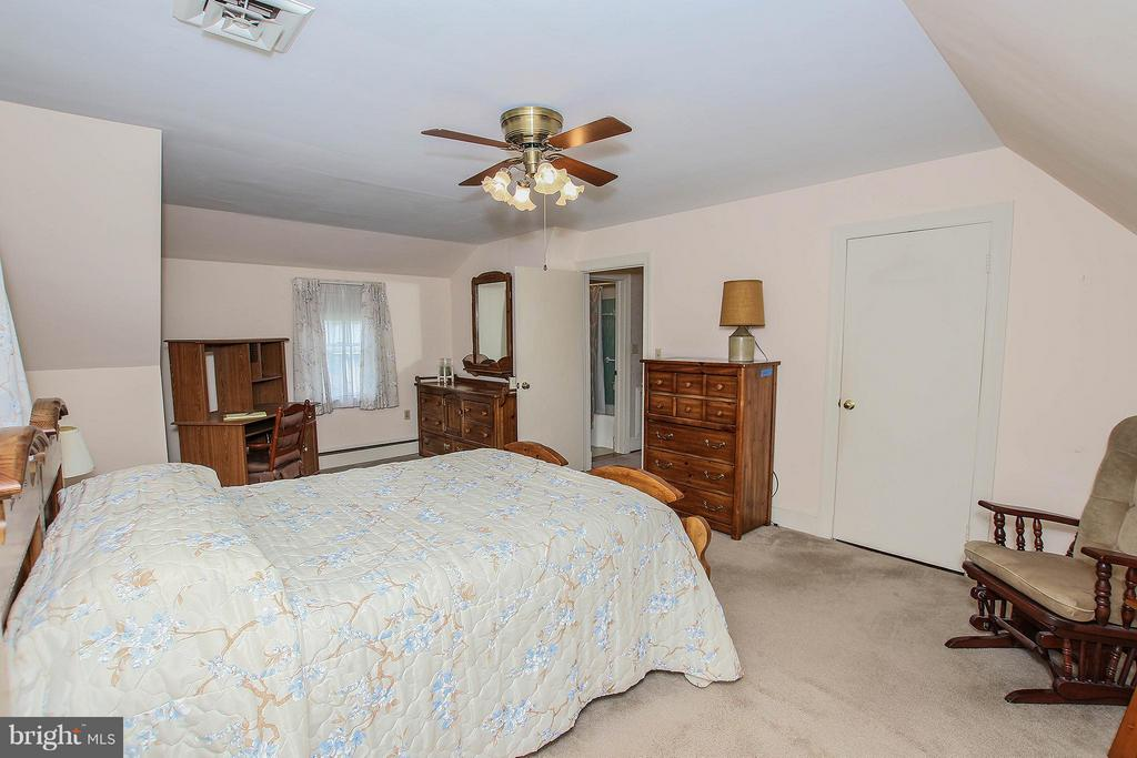 Bedroom (Master) - 831 W HOLLY LN, PURCELLVILLE