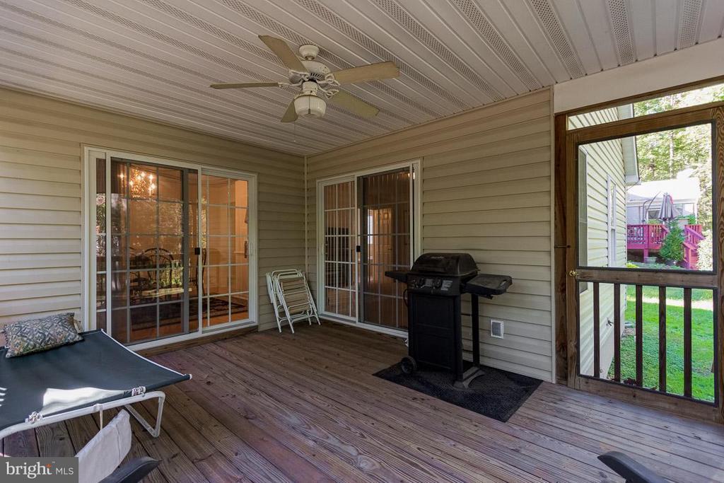 Screen Porch off Din Rm & Master Bedroom - 309 BIRDIE RD, LOCUST GROVE