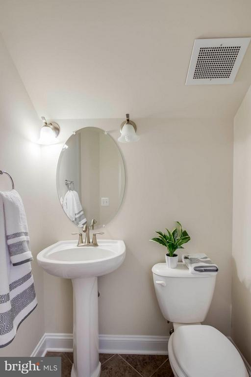 Half Bath - 2308 MERSEYSIDE DR #113, WOODBRIDGE