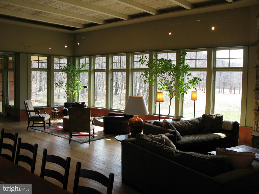Living Room - 396 KEYSER RUN RD, WASHINGTON
