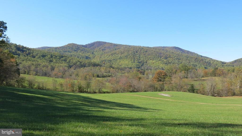 View of pasture towards mountains - 61 DEERFIELD LN, SPERRYVILLE