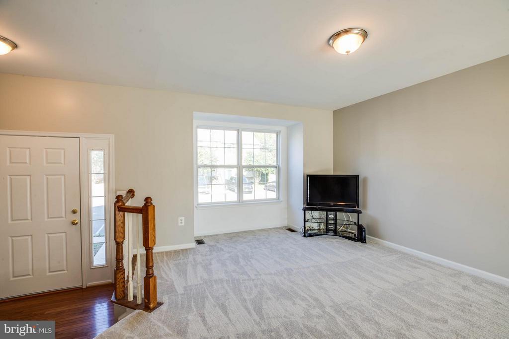 Living Room - 108 BRENWICK CT, STAFFORD