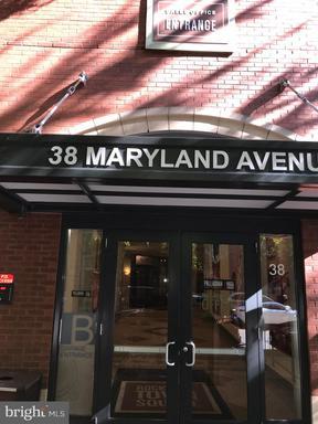 38 MARYLAND AVE #406