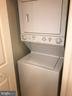 In unit Laundry - 38 MARYLAND AVE #406, ROCKVILLE
