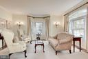 Formal living room. - 1956 VERMONT ST N, ARLINGTON