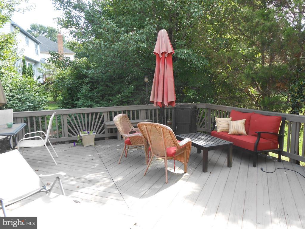 Spacious Rear Deck - 10210 BENS WAY, MANASSAS