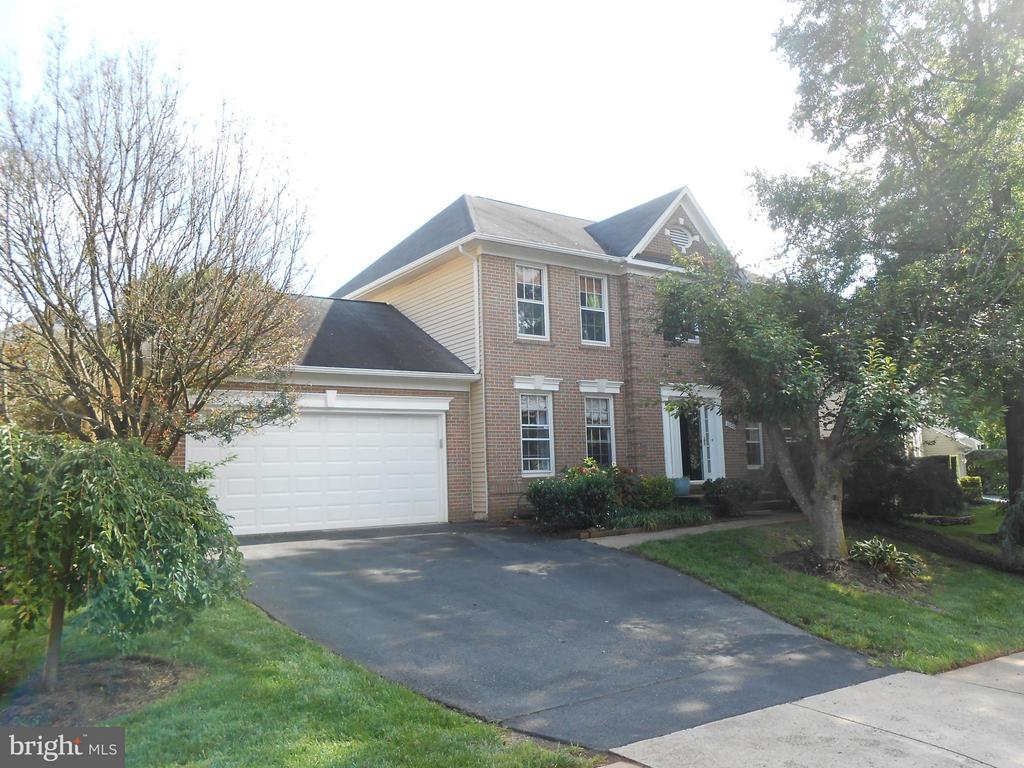 Brick Front Colonial - 10210 BENS WAY, MANASSAS