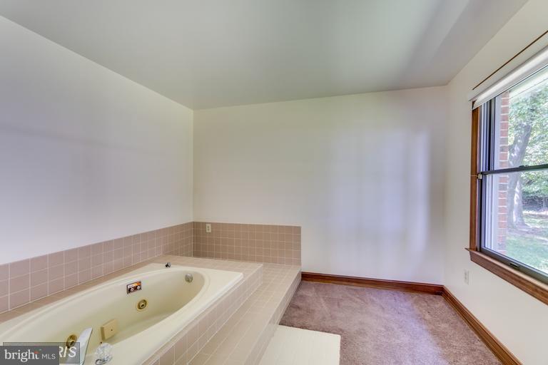 Bath - 1295 BRENT POINT RD, STAFFORD