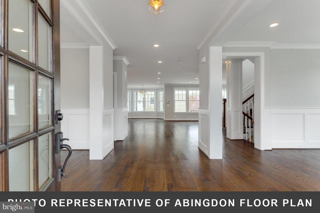 Foyer - 4712 N CARLIN SPRINGS RD, ARLINGTON