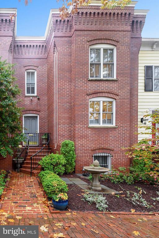 515  PRINCESS STREET 22314 - One of Alexandria Homes for Sale