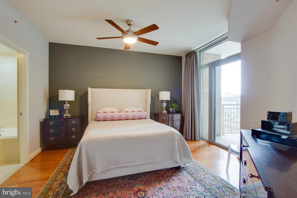 Bedroom Master - 11990 MARKET ST #401, RESTON