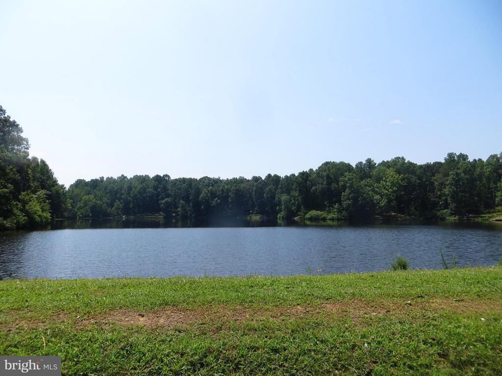 Lee Lake  dam - 11704 BLEASDELL DR, SPOTSYLVANIA