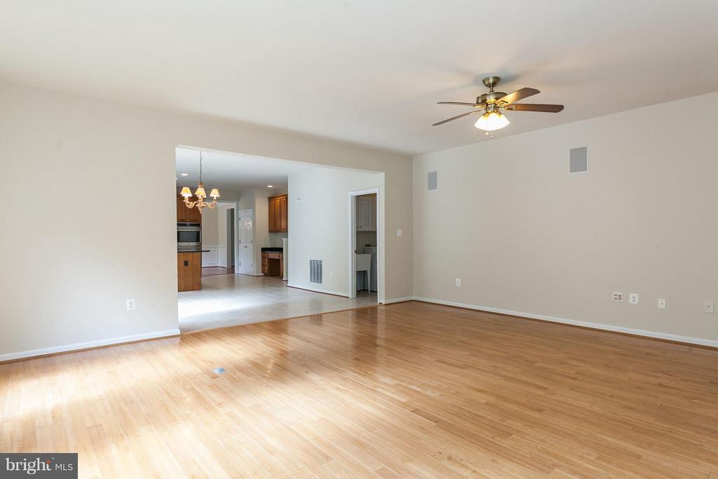Family Room Just off the Kitchen - 9311 EAGLE CT, MANASSAS PARK