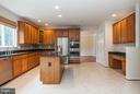 Kitchen w/New Tile Flooring,Cooktop - 9311 EAGLE CT, MANASSAS PARK