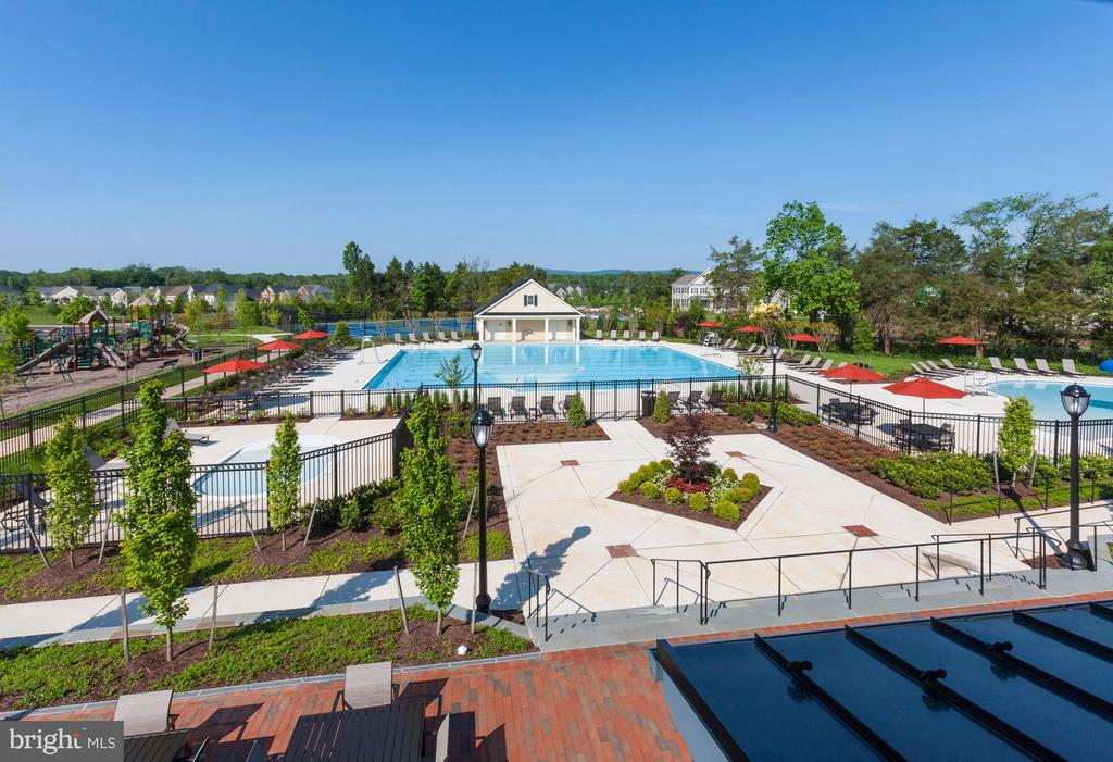 Lenah Mill Clubhouse Rear Pool View - 41288 LAVENDER BREEZE CIR, ALDIE