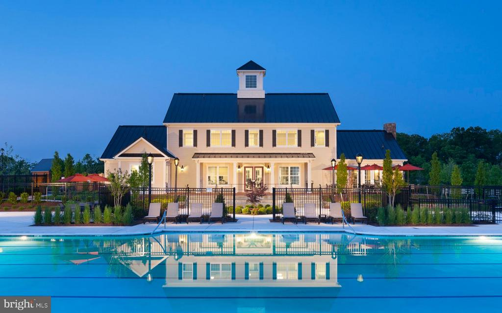 Lenah Mill Clubhouse Pool (Rear View) - 41288 LAVENDER BREEZE CIR, ALDIE