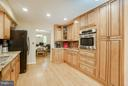 Kitchen has lots of counter space - 1103 EASTOVER PKWY, LOCUST GROVE