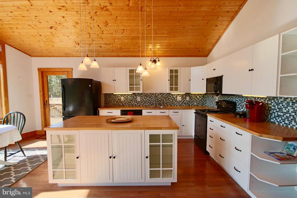 Kitchen - 1583 ROOT SWAMP RD, TAPPAHANNOCK