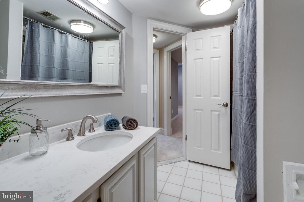 Full Bath on lower level - 10431 NEW ASCOT DR, GREAT FALLS