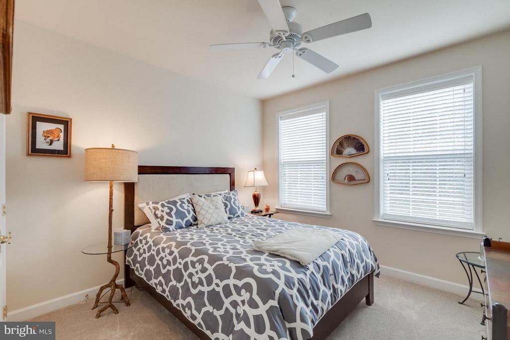 2nd Bedroom - 43594 HAMPSHIRE CROSSING SQ #0, LEESBURG