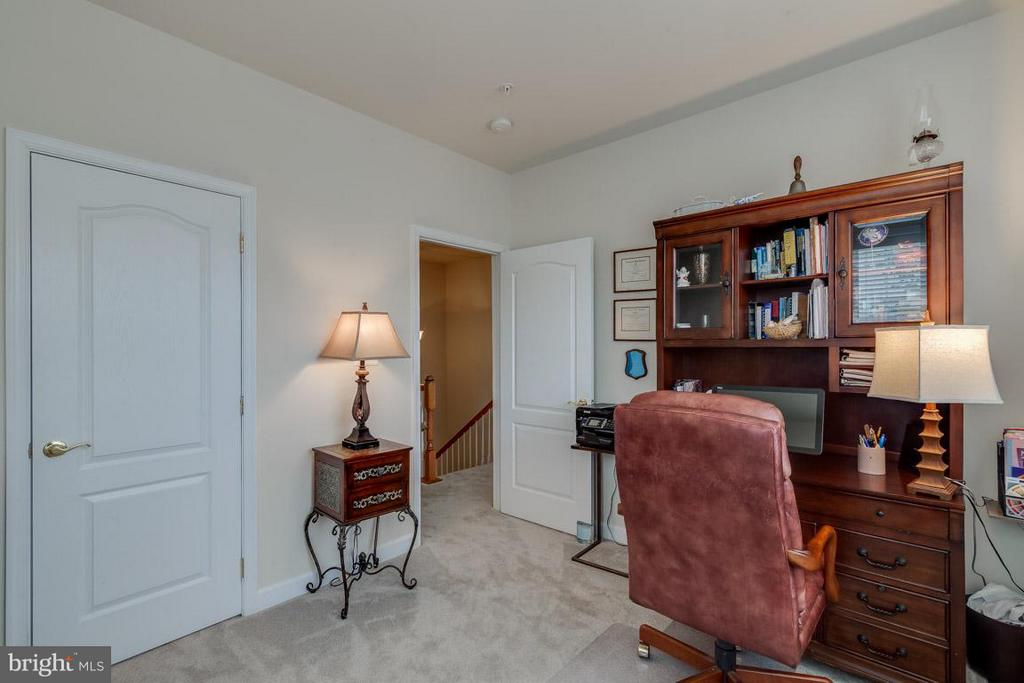 3rd Bedroom - 43594 HAMPSHIRE CROSSING SQ #0, LEESBURG