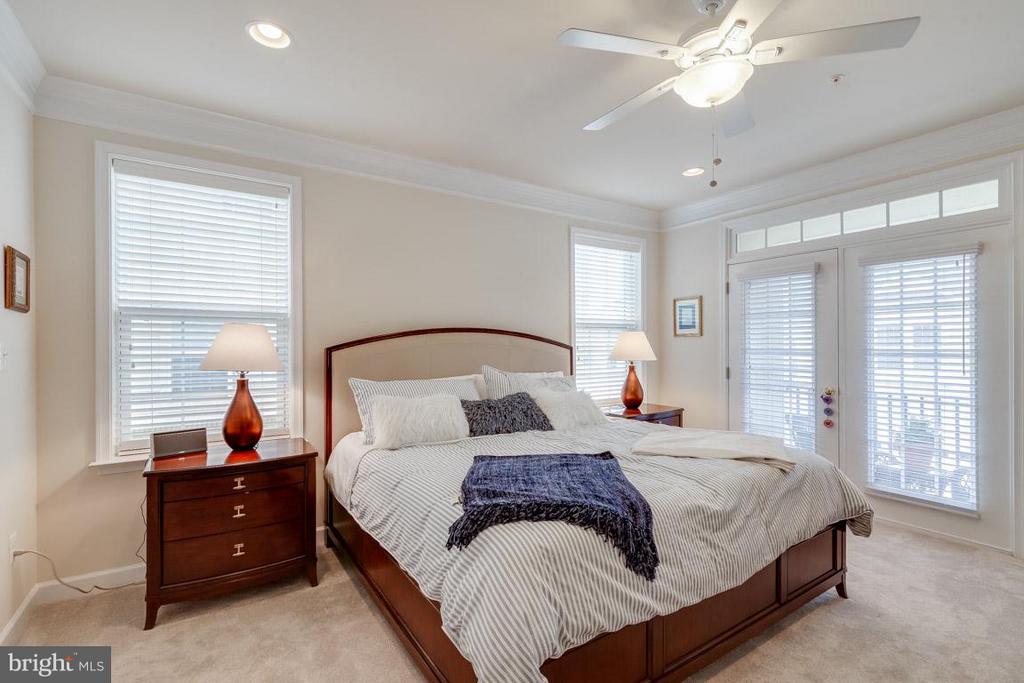 Bedroom (Master) - 43594 HAMPSHIRE CROSSING SQ #0, LEESBURG