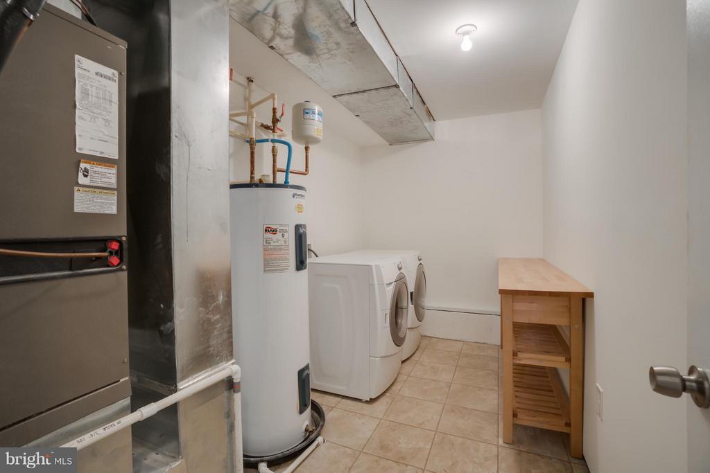 Laundry Room - 211 SAYLERS CREEK RD, LOCUST GROVE