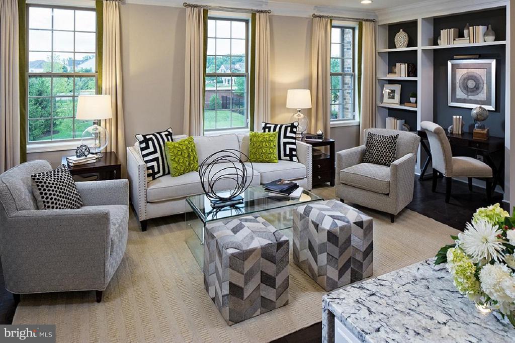 Bethesda Living Room - 22683 NAUGATUCK SQ, ASHBURN