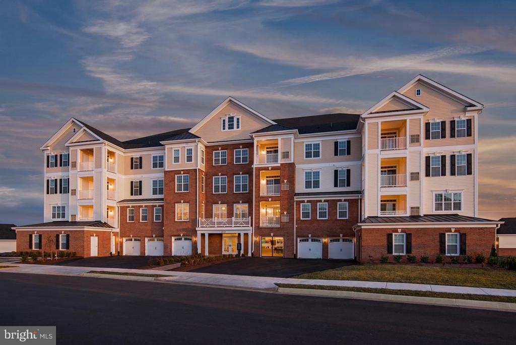 Oakfield Exterior (Front) - 21025 ROCKY KNOLL SQ #201, ASHBURN