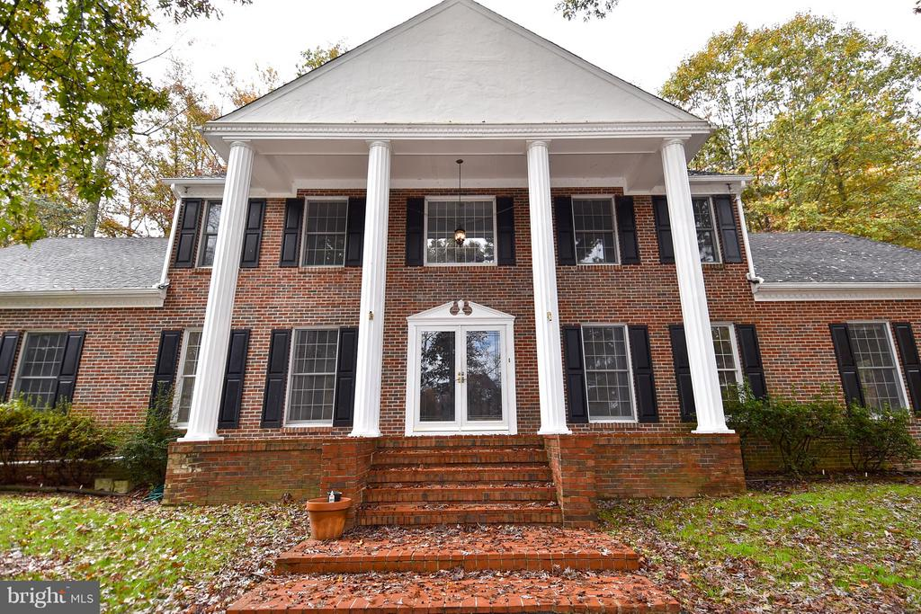 Exterior - 18514 CABIN RD, TRIANGLE