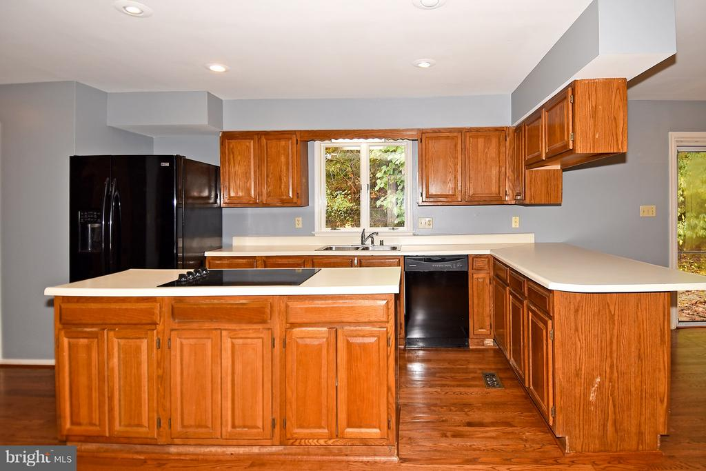 Kitchen - 18514 CABIN RD, TRIANGLE