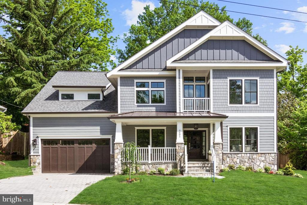 A Generously-Crafted Custom-Designed Home - 5601 WILLIAMSBURG BLVD, ARLINGTON