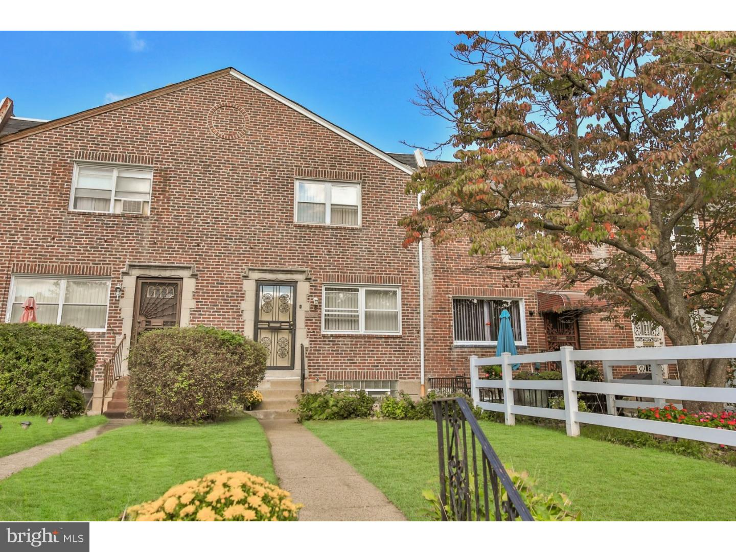 Photo of home for sale at 7823 Fayette Street, Philadelphia PA