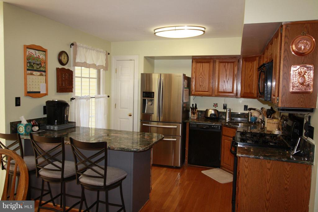 Kitchen - 14524 BATTERY RIDGE LN, CENTREVILLE