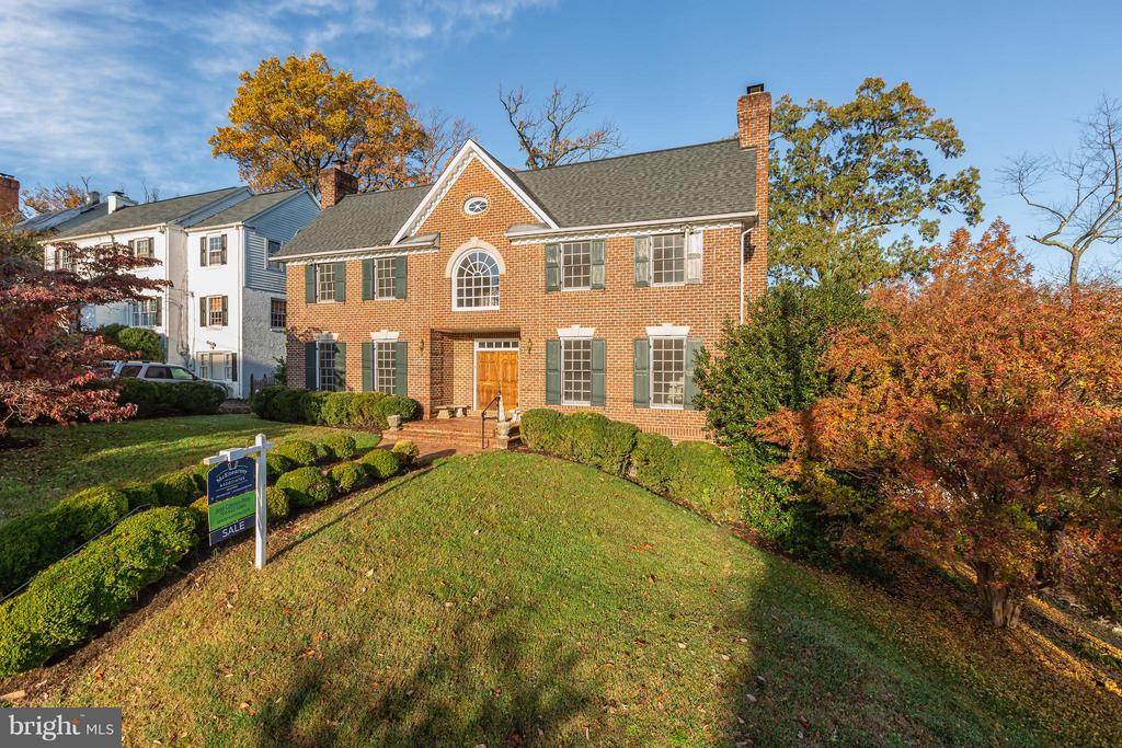 6040  EDGEWOOD TERRACE, Alexandria, Virginia