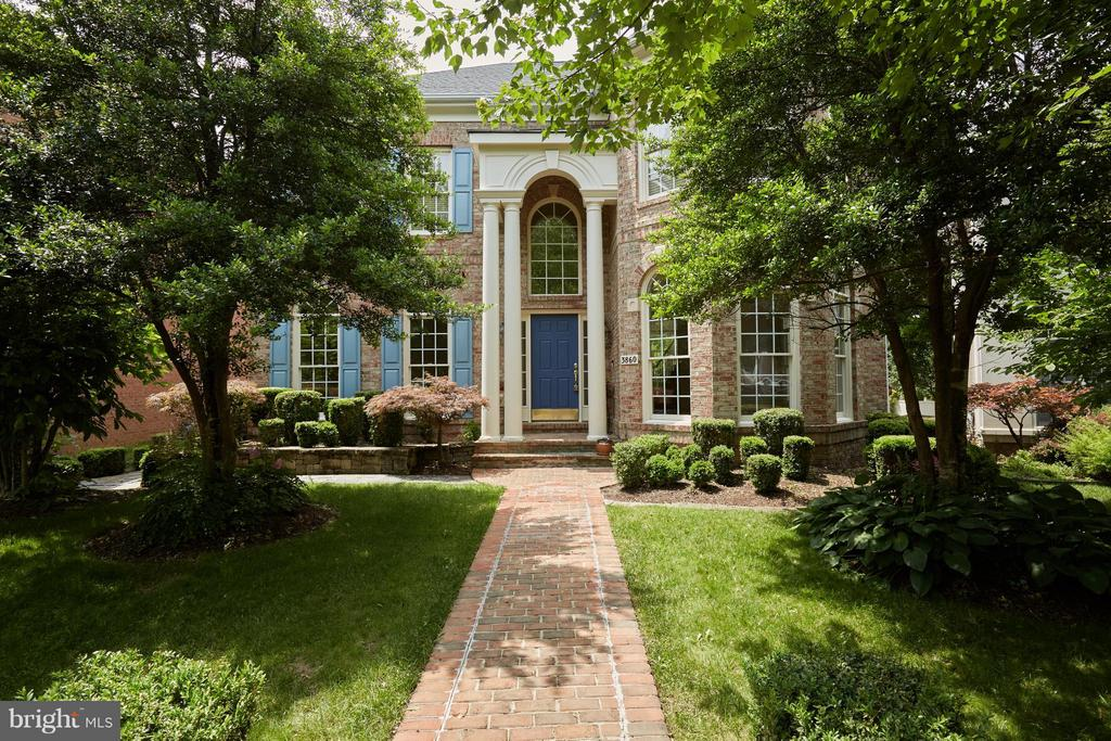 Brick Front featuring New Roof - 3860 FARRCROFT DR, FAIRFAX