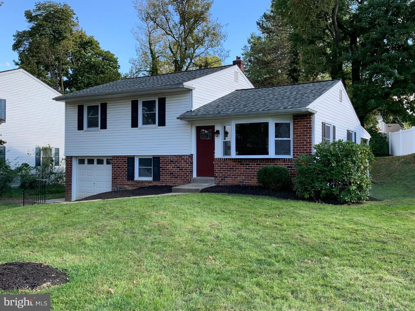 Photo of home for sale at 515 Andrea Drive, Willow Grove PA