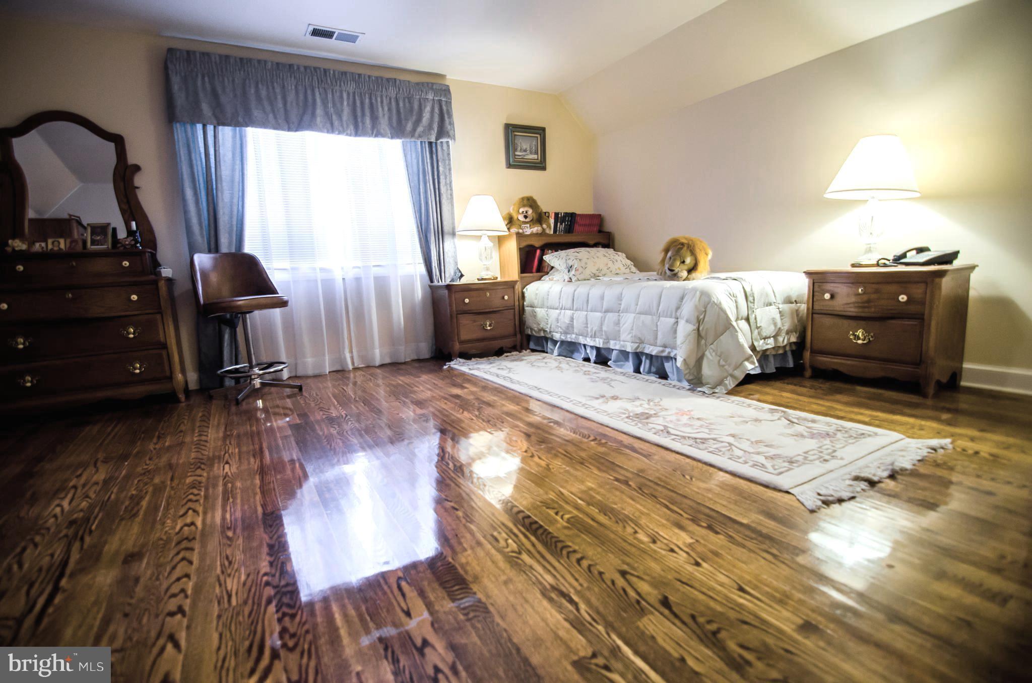1 Wood Floors Michigan