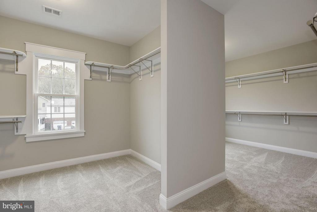 Walk-in Closet - 2014 BURFOOT ST, FALLS CHURCH
