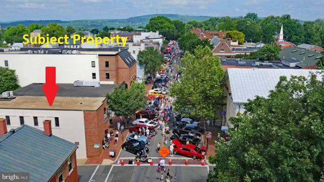 Commercial for Sale at 82 Main St Warrenton, Virginia 20186 United States