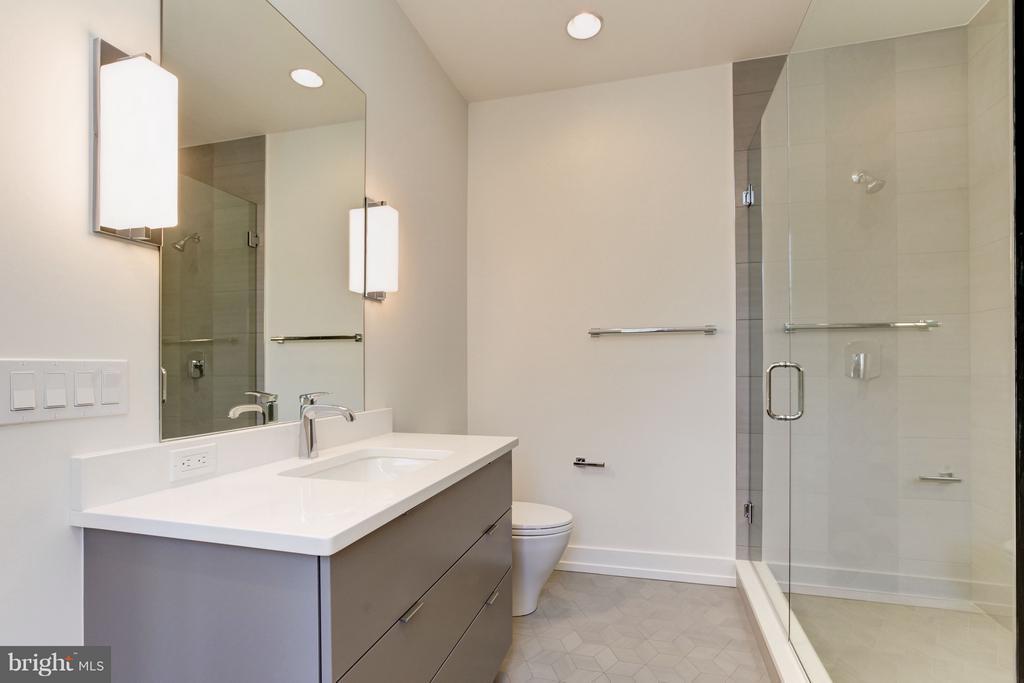 Third Bath - 3006 UNIVERSITY TER NW, WASHINGTON